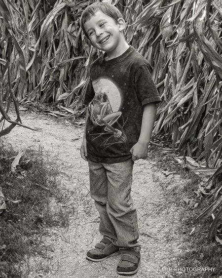 How did I do life before, becoming a mom! 5 yrs ago! Myson MyBoy Mysoniscuterthanyours Cornmaze Throwback Flashback Love MYheart Icantbelievehewillbe10 Wheredoesthetimego