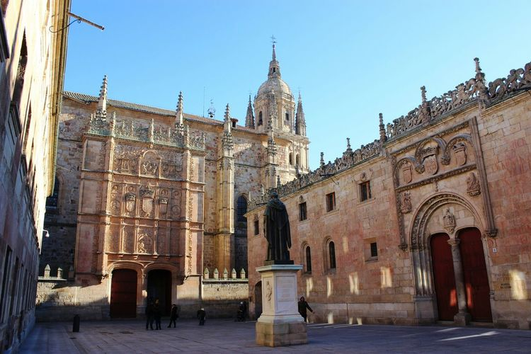 Universidad de Salamanca Salamanca SPAIN Architecture Traveling Holiday Españoles Y Sus Fotos Streetphotography No Edit/no Filter University Enjoying The View