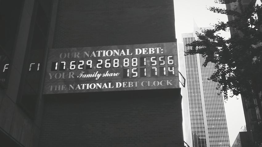 New York City National Debt Clock Money On My Mind Foreshadowing Debtcrisis United States American People Big Apple