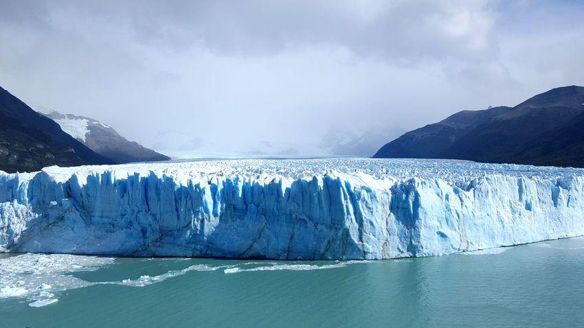 Glaciar Perito Moreno Argentina Iceland Beauty Of Nature Climatic Human Small Water EyeEm Eyeemphotography Cold Eyem Best Shots Miles Away