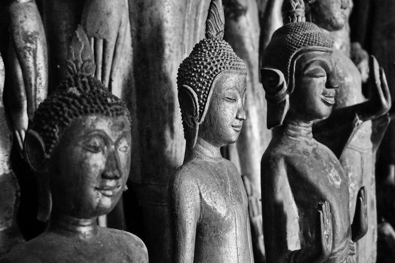 Close-up statues of buddha
