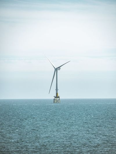 Offshore Wind Turbine Aberdeenshire Scotland Balmedie Beach Wind Wind Turbine Offshore Wind Offshore Wind Power Renewable Energy Oil Pump Drilling Rig Windmill Wind Turbine Wind Power Offshore Platform Technology Sea Industry Alternative Energy