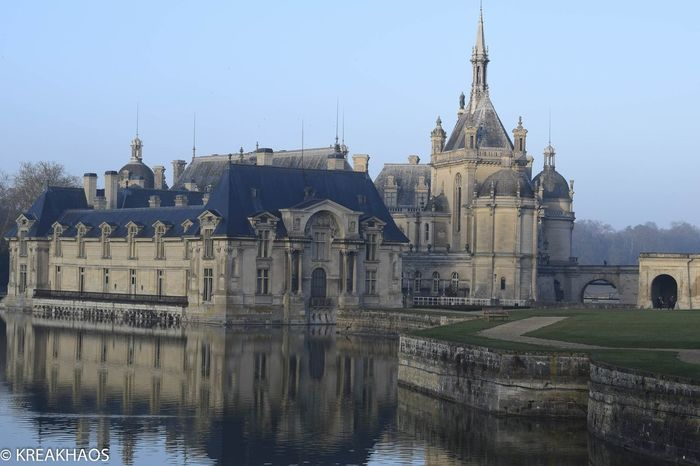 Reflection Travel Destinations Water Architecture Business Finance And Industry Built Structure Politics And Government No People City Building Exterior Cityscape Outdoors Urban Skyline Sky Day Castle Renaissance Architecture Renaissance Chantilly Oise  France Europe Travel Photography