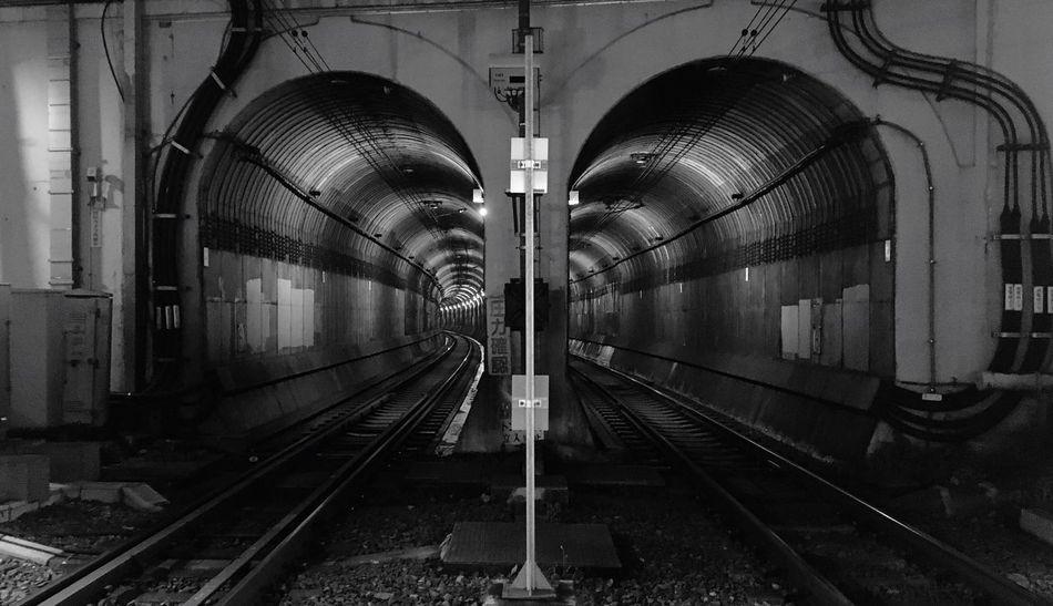 とんねるず。 Tunnel Tunnels Railroad Track Transportation Rail Transportation No People Public Transportation Tokyo Night Illuminated Architecture Night Blackandwhite Monochrome Monochrome Photography Monotone Monotone Photography Keio Inokashira Line Shinsen