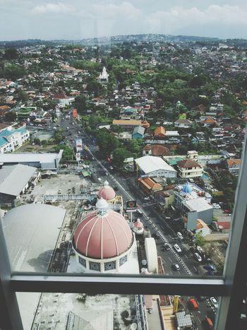 Kota semarang di ketinggian lantai 28 Ilovethisplace Beautiful Place Good Place To Visit Floor Hotel View