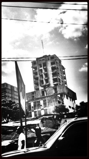 come on Midas, touch this building Monrovia Streetphoto_bw Eye4thestreets AMPt - Shoot Or Die