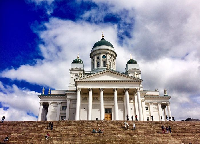 Senators square Finland Built Structure EyeEm Selects EyeEmNewHere Helsinki EyeEm Best Shots The Architect - 2018 EyeEm Awards Sky Cloud - Sky Architecture Building Exterior Built Structure Travel Destinations Dome Building Low Angle View Architectural Column Travel