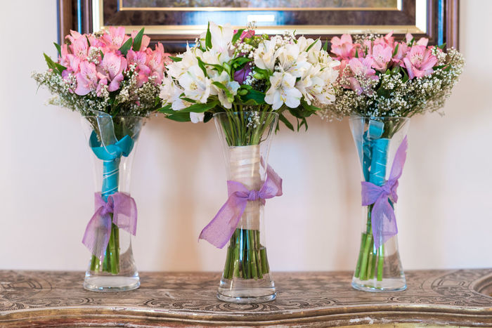 Beauty In Nature Close-up Day Flower Flower Arrangement Flower Head Fragility Freshness Indoors  Nature No People Pink Color Table Wedding Flowers Wedding Photography