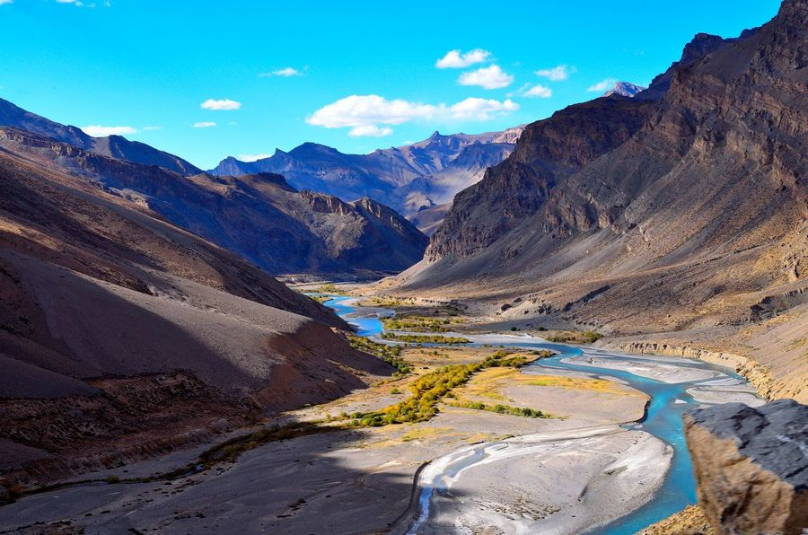 Arid Climate Day Exploring Gata Loop Geology High Angle View Hill Indus River Landscape Mountain Mountain Range Outdoors Physical Geography River Rough Scenics Stream Tranquil Scene Valley