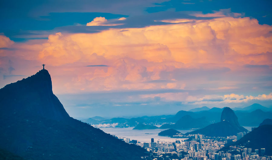 All and bit more about Rio de Janeiro Architecture Brazil Chinese View Holiday Rio De Janeiro Rio De Janeiro Eyeem Fotos Collection⛵ Sunset_collection Travel Vista Chinesa Beauty In Nature Cloud - Sky Day Flower Mountain Mountain Range Nature No People Outdoors Scenics Sky Sugarloaf Sunrise Sunset Tranquil Scene Travel Destinations Yellow Taxi Colour Your Horizn Summer Exploratorium This Is Latin America The Great Outdoors - 2018 EyeEm Awards The Traveler - 2018 EyeEm Awards