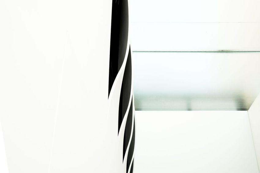 Abstract ShadesOfWhite Negativespace Glass Modernarchitecture Archidetails White Geometricpattern Geometry Urbandetails Minimalism Close-up Building Building Exterior Architecture Exterior
