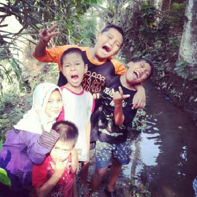 my sister, brother and nephew Instamudik