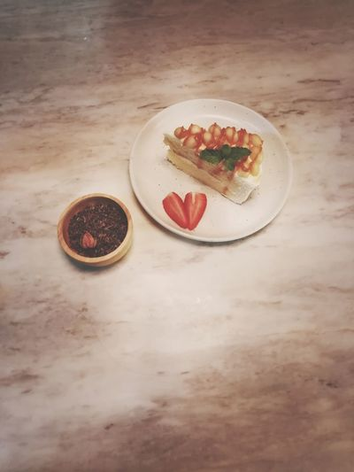 s w e e t . . . Cake Macadamia Macadamia Nuts Tea Leaves Sweet Indoors  Cafe Fruit Tart - Dessert Dessert Red Sweet Food Food And Drink Strawberry