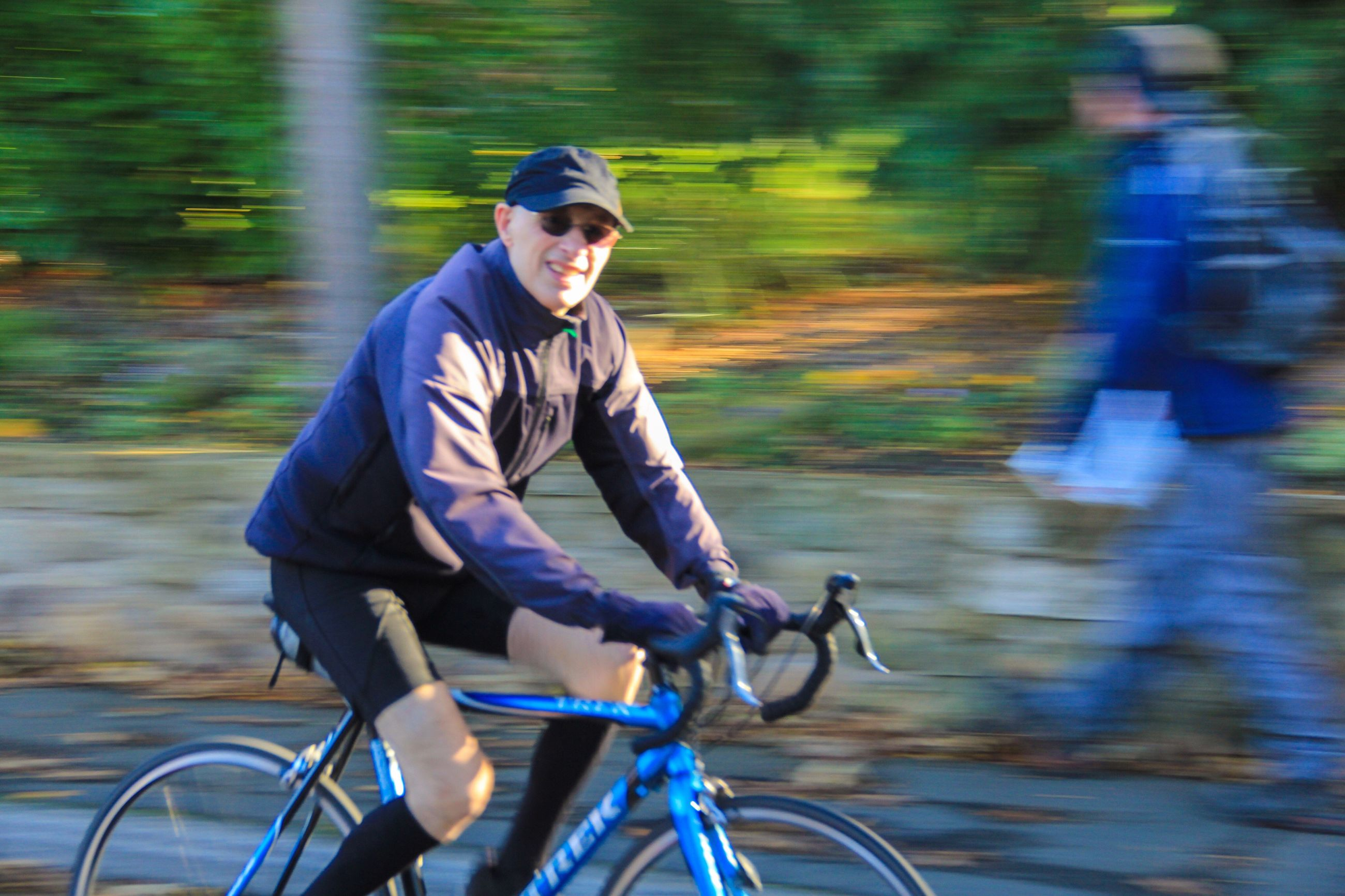 bicycle, cycling, healthy lifestyle, speed, sport, riding, exercising, one man only, one person, only men, sports clothing, outdoors, adults only, recreational pursuit, motion, athlete, blurred motion, adventure, people, adult, sports training, sportsman, day