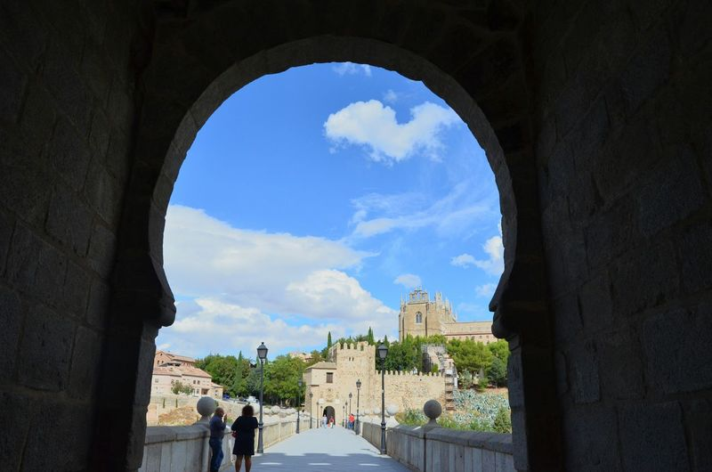 Toledo Medieval Architecture Islamic Architecture SPAIN Bridge Looking To The Other Side Puente De San Martin
