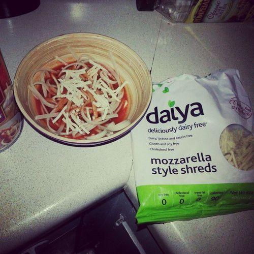 Healthy Meal = Happy Belly. Glutenfree Dairyfree Daiya Noodlesandsauce