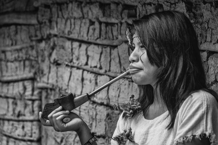 Pethenguá. Indian Rio Silveira Indian Reservation Travel Photography Adult Aldeia Guarani Black And White Cachimbo Guarani Focus On Foreground Guarani Indian Guarani Pipe Guarani Village Guarani Woman Indigenous Culture Indigenous Reservation Indigenous Woman Indigenous Youth Indio Guarani Jovem Indigena One Person Pethengua Portrait Praia De Boraceia Pretoebranco Reserva Indigena Rio Silveira Young Guarani