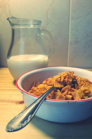 Healthy Breakfast Good Breakfast Healthy Food Healthy Lifestyle Huge Breakfast Eyeem Food  Leche Breakfast Time Milk Cereals Breakfast Cereals&Milk Cerealicious Eating Cereal Cornflakes Corn Flakes