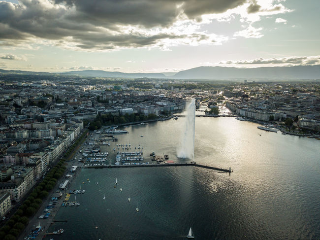 Geneva is amazing! 🇨🇭 Geneve Geneva Geneva Lake Jetdeau Switzerland Skyporn Drone  Djimavic Djimavicpro