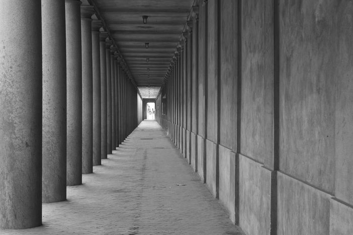 Architectural Column Architecture Architecture_collection Architecturelovers Black & White Black And White Built Structure Copenhagen Corridor Diminishing Perspective Empty Places In A Row Minimal Minimalism Minimalobsession Monochrome Passage The Way Forward