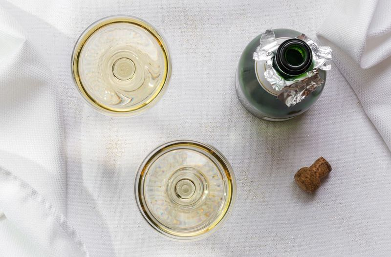 High Angle View Drink Champagne Bubbly Cork Coupes Cheers Beverage New Years Eve Celebration Valentines Bottle Alcohol