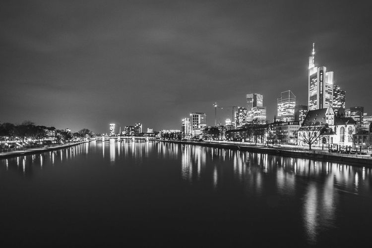 Die Frankfurter Skyline bei Nacht Frankfurt Am Main Architecture Black And White Blackandwhite Photography Building Exterior Built Structure City Cityscape Downtown District Illuminated Landscape Long Exposure Modern Nature Night No People Outdoors Reflection River Sky Skyscraper Travel Destinations Urban Skyline Water Waterfront EyeEmNewHere