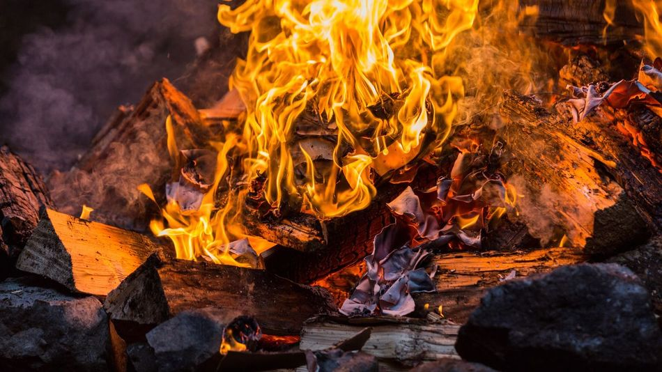 EyeEm Selects Fire Burning Flame Heat - Temperature No People Outdoors Bonfire Night Close-up Nature