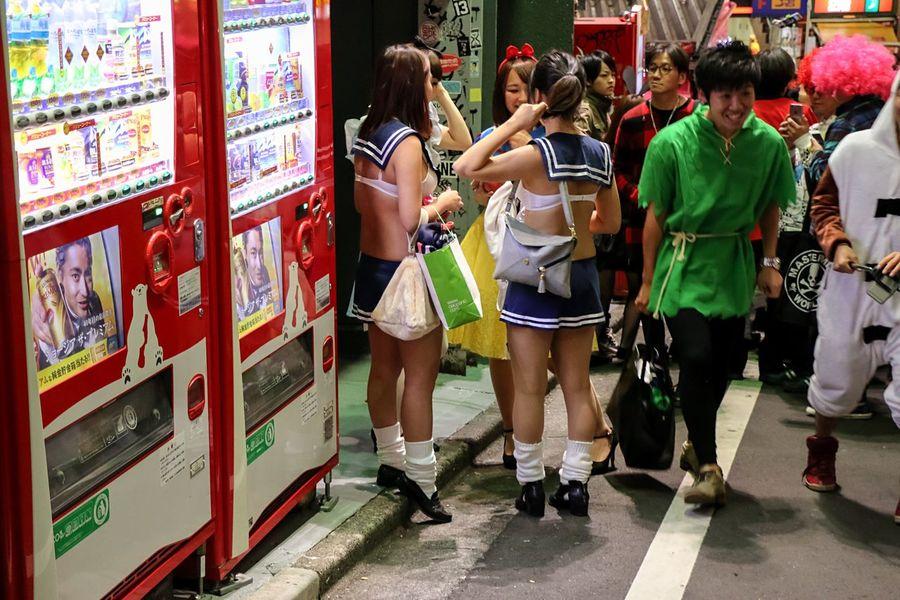 Halloween EyeEm From My Point Of View Cute Girl Happy Halloween! Japanese Girl Night Photography Street Photography Halloween Tokyo Street EyeEm Best Edits Night Lights