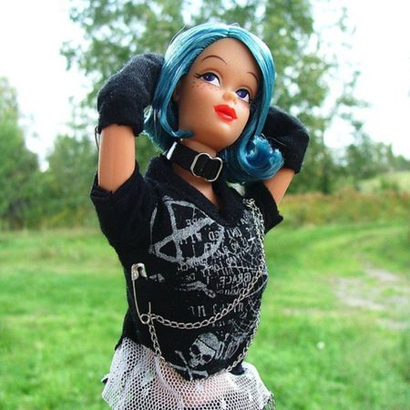 Not the FIRST doll pic I ever took, but my first REALLY GOOD one, in my opinion, and the one that really taught me to open my eyes and that I could do this sort of thing. OneModernCircle Melody Doll , in Punkrock clobber, in the wilds of Quebec . ********* Dolls Dollphotogallery DollPhotography Dollstagram Toy Toys Toyphotogallery Toyphotography Toygroup_alliance Toyartistry Toyslagram Toycrewbuddies Toyplanet Toys4life Toyrevolution Mattel Barbie TBT