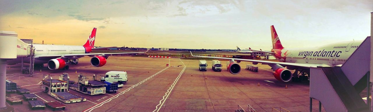 Heathrow Airport Virgin Atlantic AirPlane ✈ In The Terminal