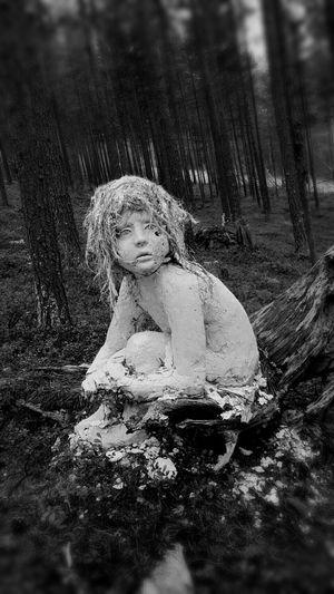Lost girl Orankiart Oranki Finland Art