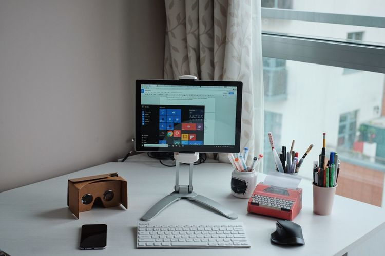 Business Finance And Industry Computer Computer Keyboard Computer Monitor Day Desk Desktop Pc Indoors  No People Office Technology Surfacepro4 Microsoft Surface Microsoft Google Cardboard Logitech