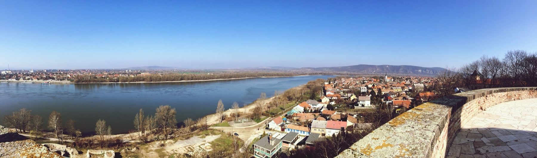 Taking Photos Hungary River Spring ???