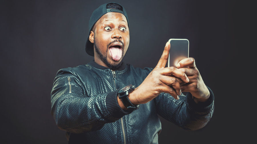 Black Eyes Funny Funny Faces Grimace Self Portrait Selfie Selfie ✌ Selfportrait Smart Phone Smartphone Photography Smartphonephotography Snoot Tongue Tongue Out