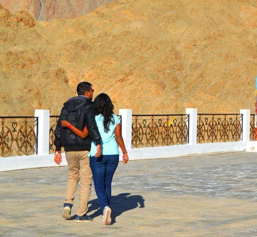 Forevertogether Getting Away From It All Ladakh Lehladakhtrip Traveller Travellers Walkingtogether Walkingtowork