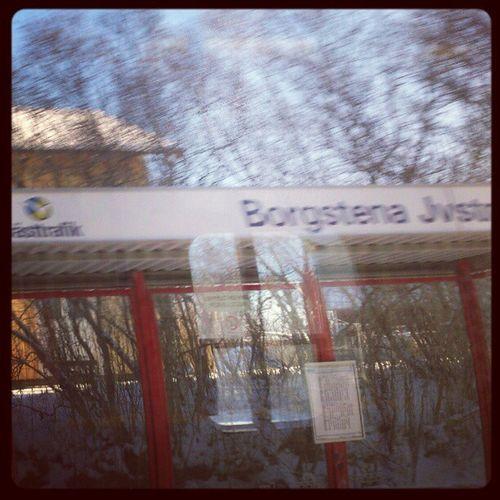 Där for Borgstena förbi...