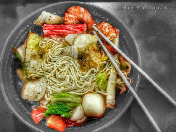Something seafood around here. Seafood Noodle Chinesefood Noodles Yummy Instagramers Foodpic Foodporn Androidography Photography Editedbyme