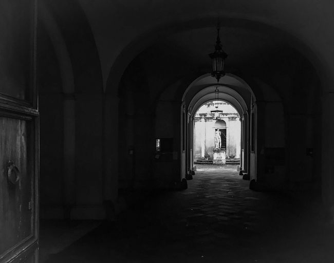 Italy Blackandwhite Black And White Black & White Blackandwhite Photography Streetphoto_bw Streetphotography Art Historical Building Light And Shadow Architecture Traveling Detail Italia Siena No People