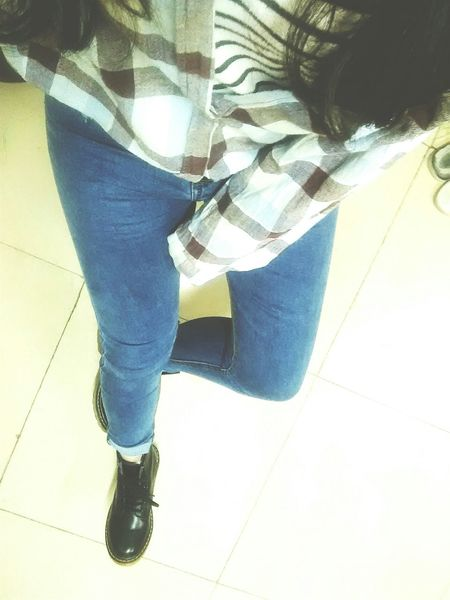 我的小粗腿╯﹏╰有没有帅,总感觉穿的像农场主哈哈
