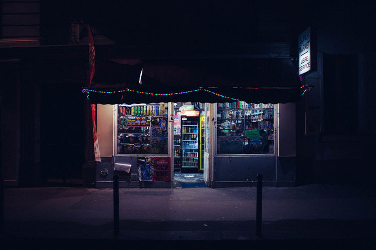 Secret Nocturne Black Discovering Exploring Light Night Photography Paris Shadow Street Vscocam Welcome To Black