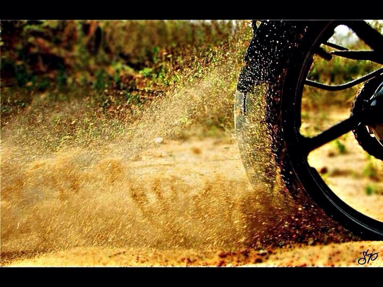 field, agriculture, grass, outdoors, wheel, water, no people, day, nature, close-up, spraying, irrigation equipment
