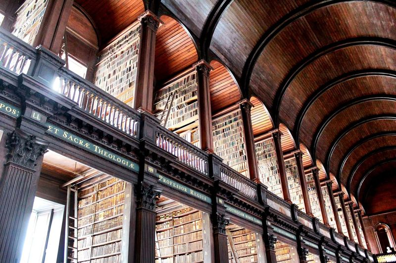 Architecture Books Dublin Ireland Library Tourism Trinity College Wood Structure