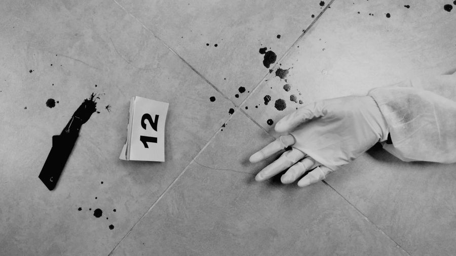 Day 80 of Black and White Photography | Crime Scene SabbirAhmedSaby Blackandwhite Unaaghor Downgrade Xiaomiphotography Redmi5a Artiseverywhere Throughmyeyes Mobilephotography Life Lessons 2018 EyeEm Crime Scene Simulation Investigation Class Photoshoot Shooting Evidence 13 Hand Knife Weapon Murder Scenes Murder Weapon