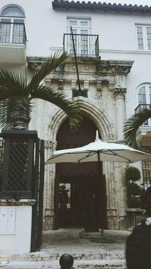Versace House Southbeach Miami Versace Sightseeing Traveling Onhisdoorstep Enjoying Life Unordinarydaze