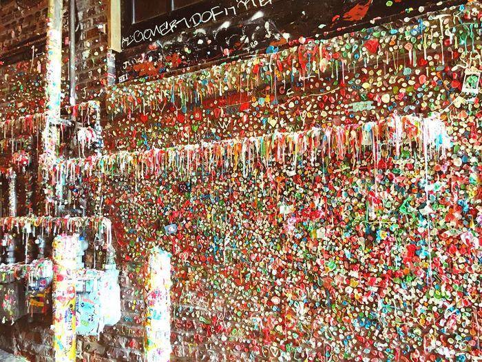 The Amazing World of Gum Wall. 🍬 #gumoverdose #stickysituation