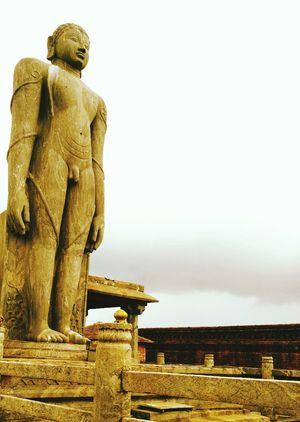 BAHUBALI One Stone Monument Historical Place Historical Monuments Devine♥♥♥ Stone Carving Painted Figure