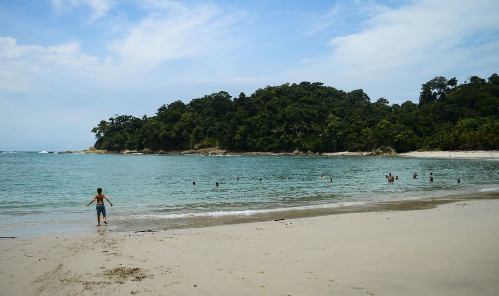 Manuel Antonio Manuel Antonio National Park Costa Rica 🇨🇷 Manuel Antonio Park Summertime Vacations Beach Beauty In Nature Day Horizon Over Water Nature One Person Outdoors People Real People Sand Scenics Sea Shore Summer Travel Destinations Tree Turistic Places Water