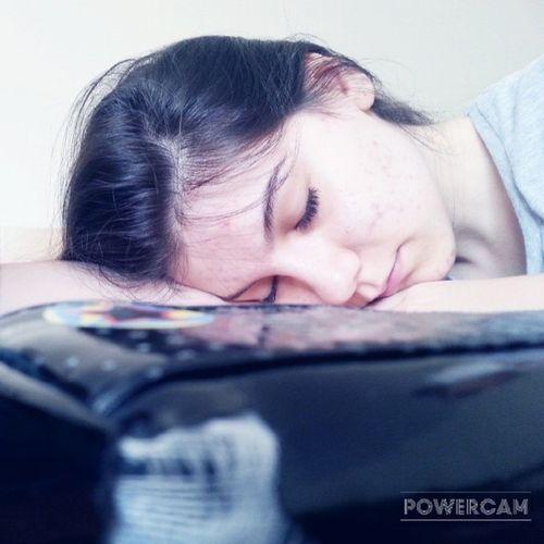 Derste Uyuması Birbaska Güzel ders tarih olunca genel durum menomuun gözünden uyuyan şimal anıyakala