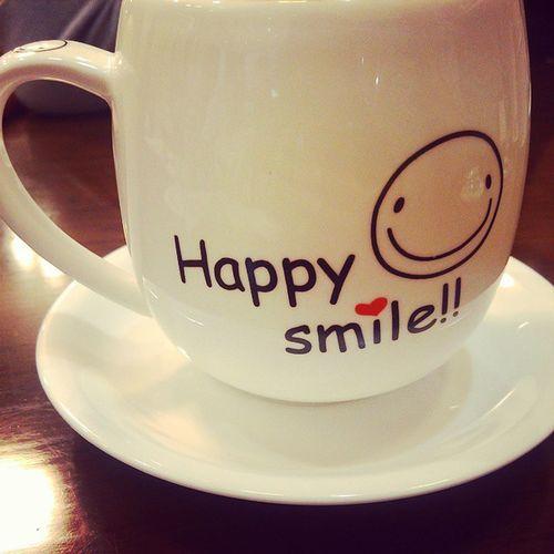 Happy ,Smile, Cup, Dish, New,Laugh,微笑 每天都是新的一天,笑一個吧 ?