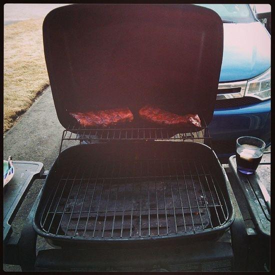 Nice weather gotta BBQ. Rumncoke Bbqribs